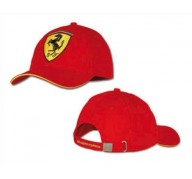 Ferrari casquette rouge